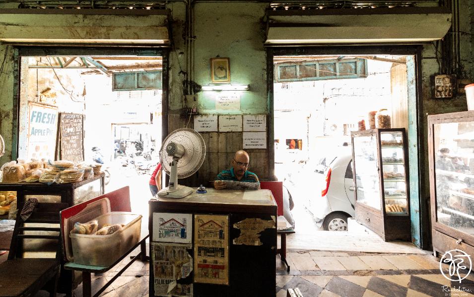Yazdani Bakery Iranian Bakery and Cafe of Bombay - 2