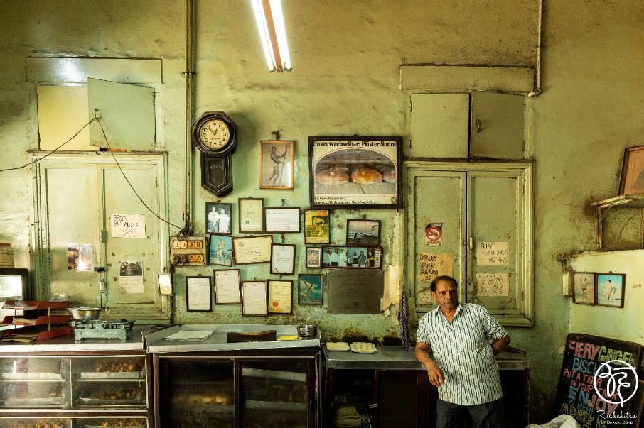 Yazdani Bakery Iranian Bakery and Cafe of Bombay - 4